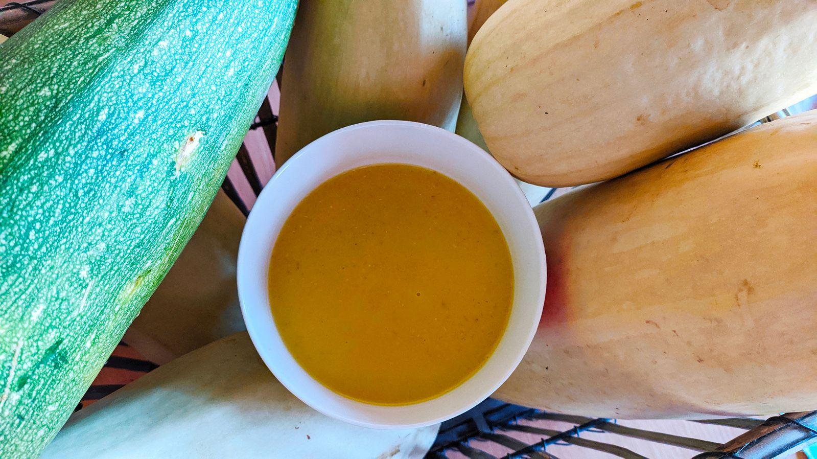 Krem supa od tikve i crvene leće u mlijeku s vanilijom